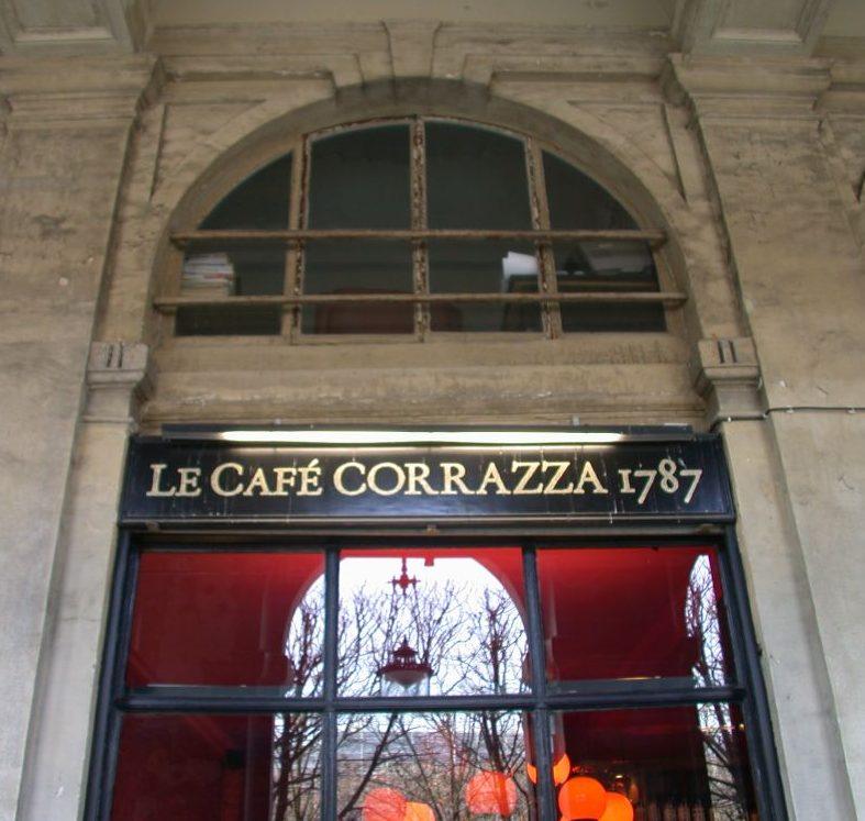 Insegna sotto i portici del Palais-Royal
