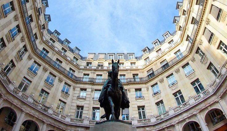 Place Édouard VII, un segreto ben nascosto