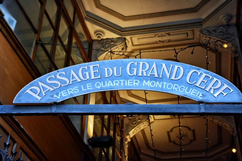 Insegna del passage du Grand Cerf