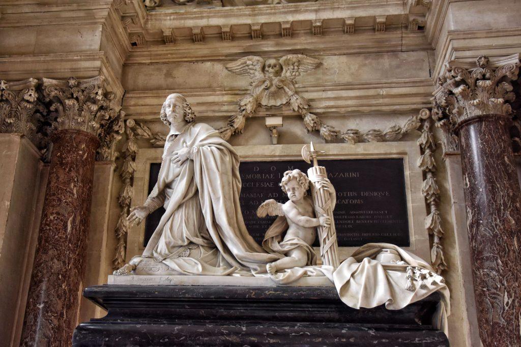 Monumento funebre di Mazzarino nella cappella dell'Institut de France