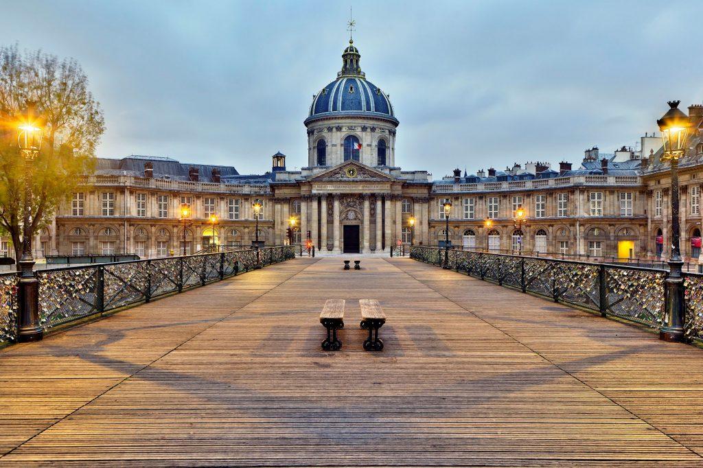 L'Institut de France visto dal Pont des Arts